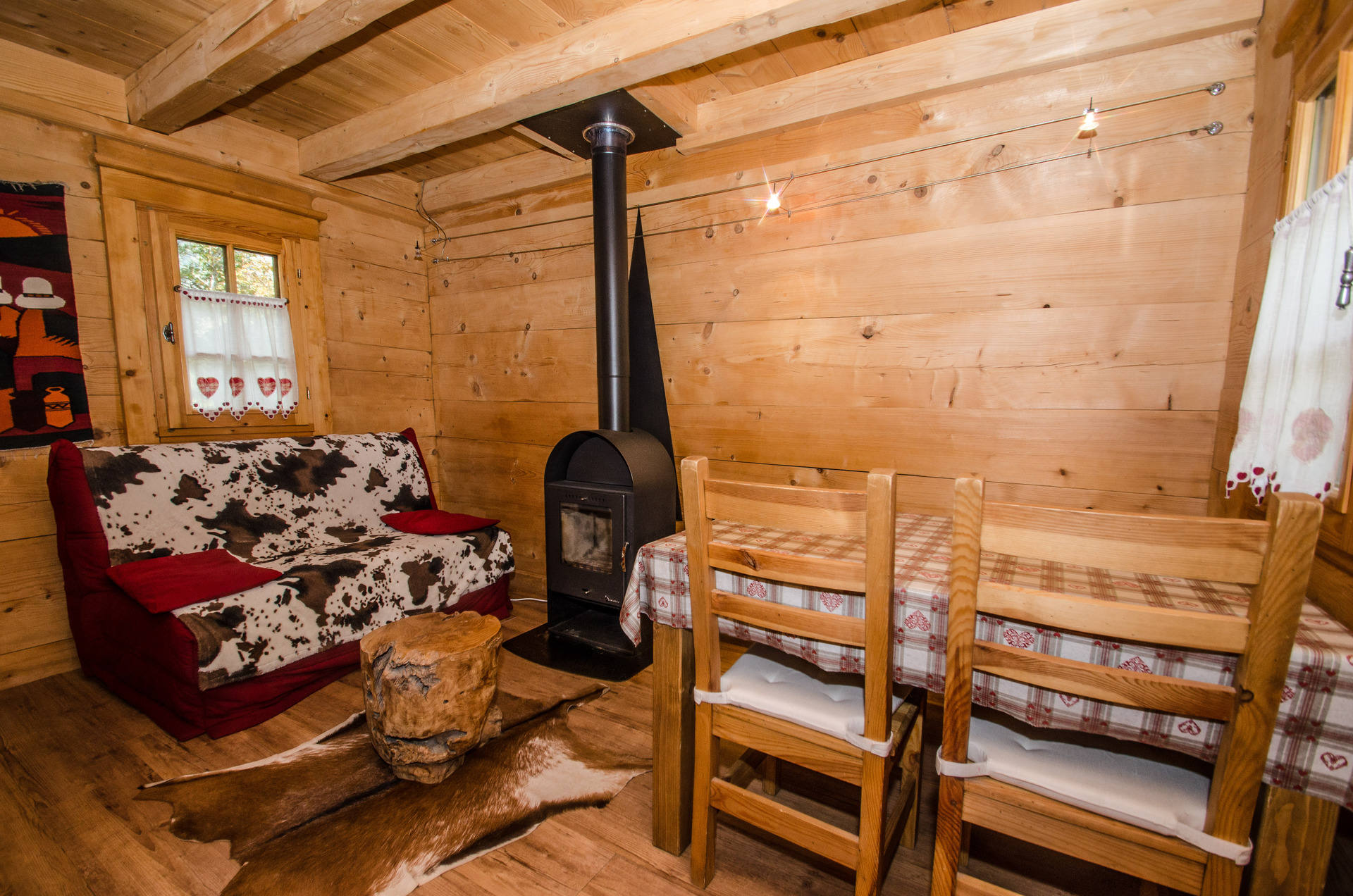 LES PRAZ DE CHAMONIXCosy Mazot For 2/3 People Very Nice 35 Sqm Mazot (small  Chalet) On Two Levels For 2 To 3 People, Located In The Residential Area Of  Les ...